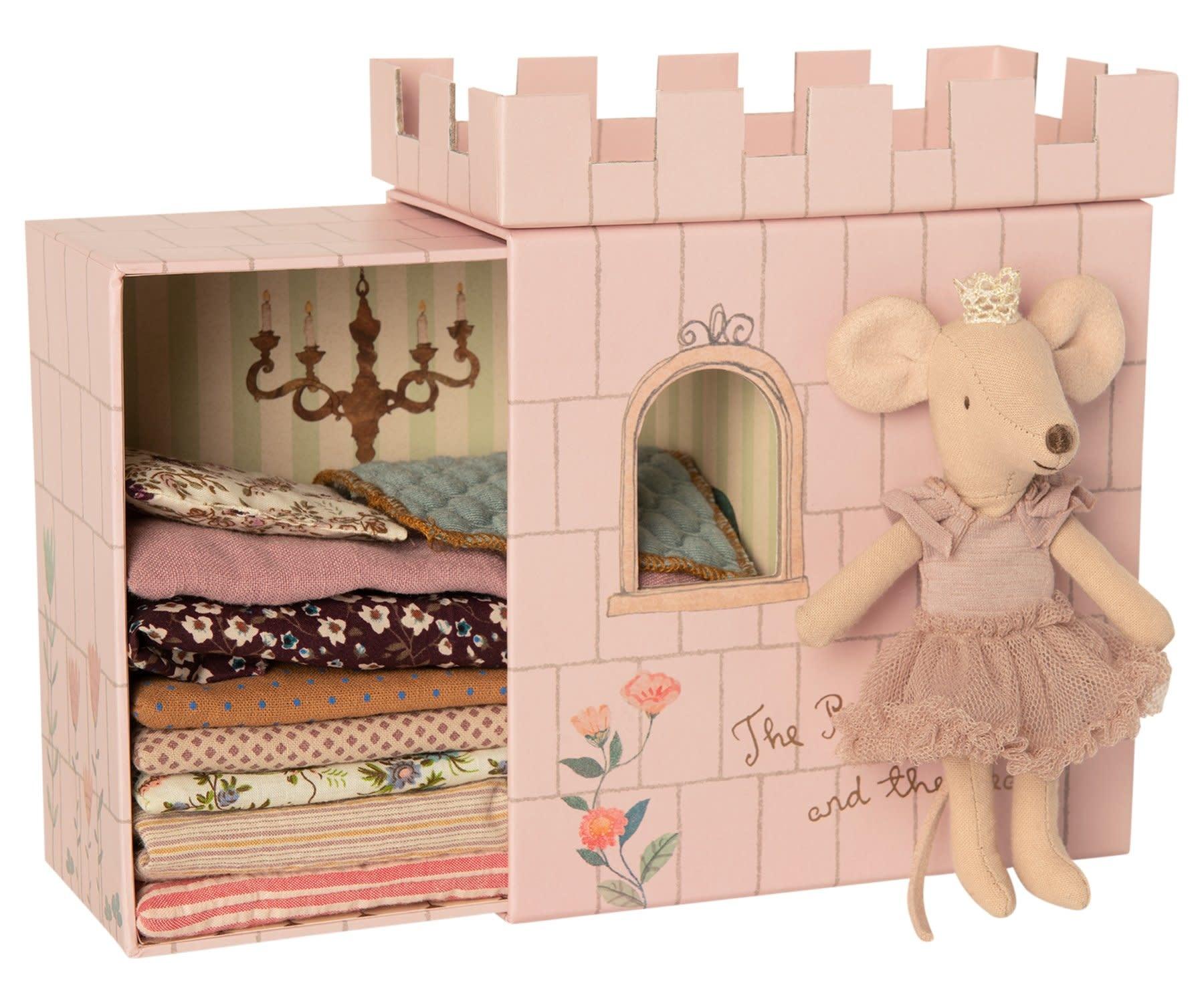 MAILEG Princess on the Pea Big Sister Mouse