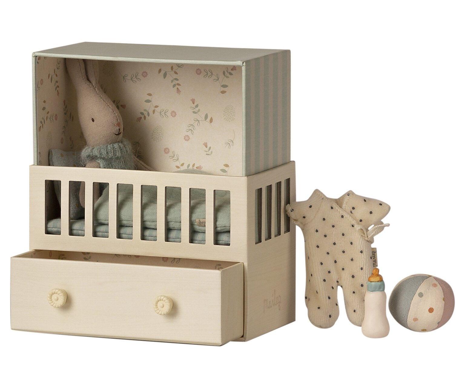 MAILEG Baby Room with Micro Rabbit Boy