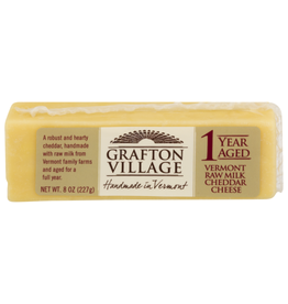 Grafton 1 Year Cheddar 8 oz