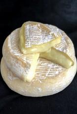 High Lawn Farm Queen Cheese 8 oz