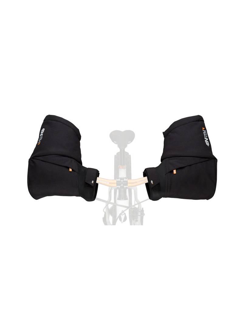 45NRTH 45NRTH Cobrafist Pogie Handlebar Mitten: Black One Size
