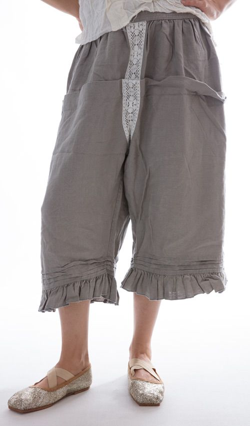 Bloomers Linen Bloomer with Pleats, Lace and Backtie in Dove Gray