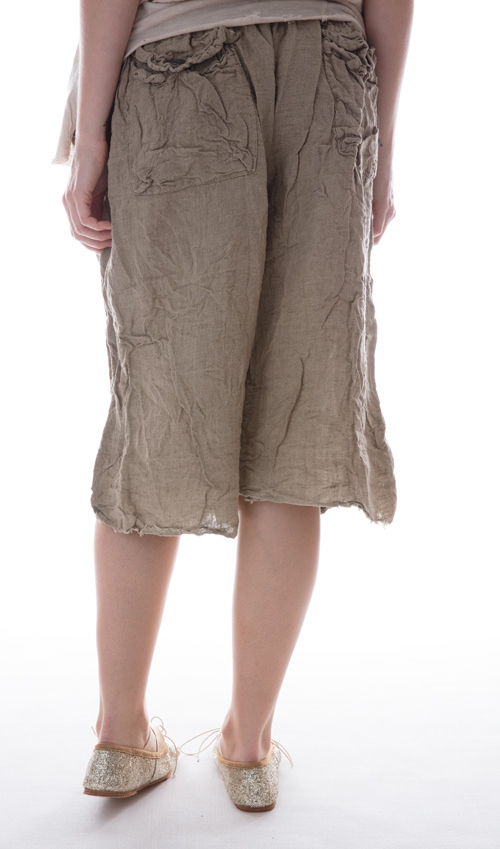 Linen Sveta Pants With Flat Front, Pockets and Rugged Hem in Alfalfa