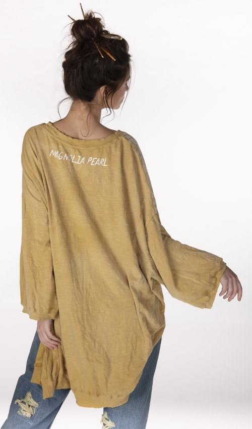 Cotton Jersey Oversized Hi Lo Vincent Pearls Francis Pullover T with Distressing and Fading, Magnolia Pearl