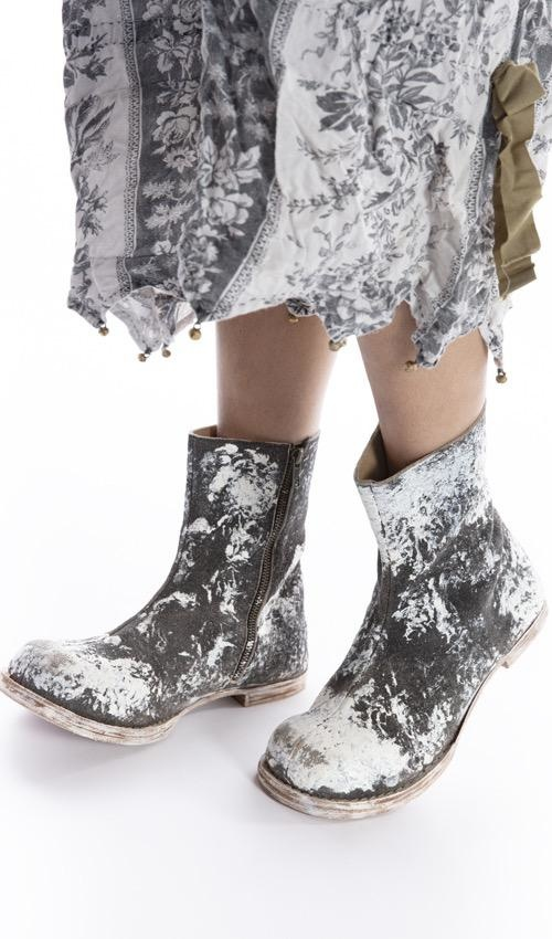 All Leather Dali Hand Painted Zip Boot with Leather Sole, Magnolia Pearl, Easel