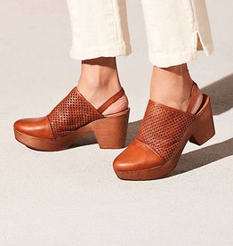 Free People Logan Clog
