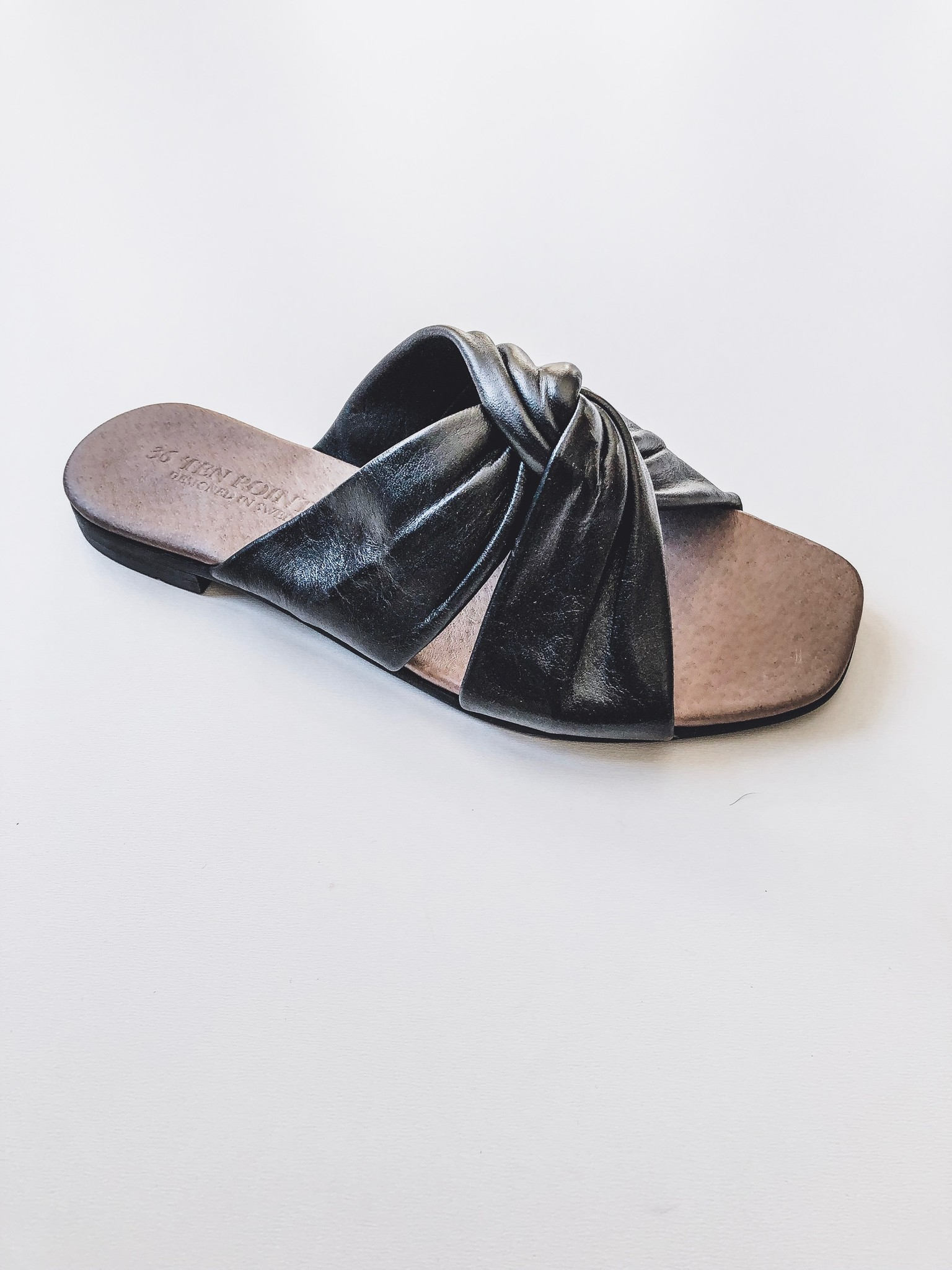 Ten Points Madeline Sandal