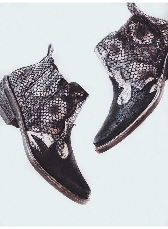 Tomko Boot