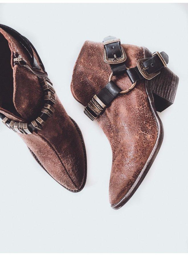 Fonti Boot