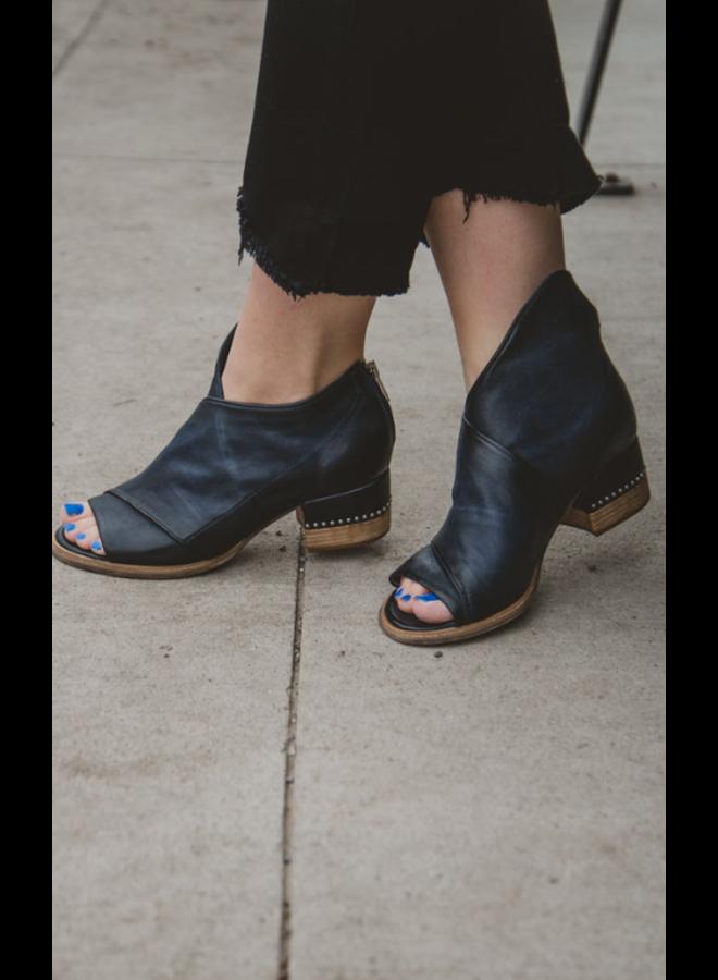 Belle Sandal