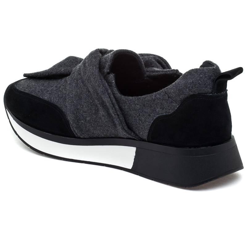 J/Slides Kim Shoe