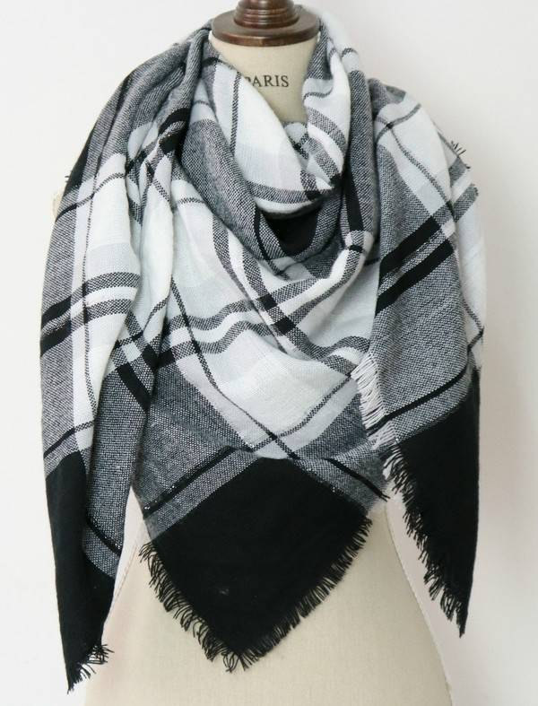 Black/White/Grey Blanket Scarf