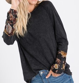 Black/Floral Sleeve Top
