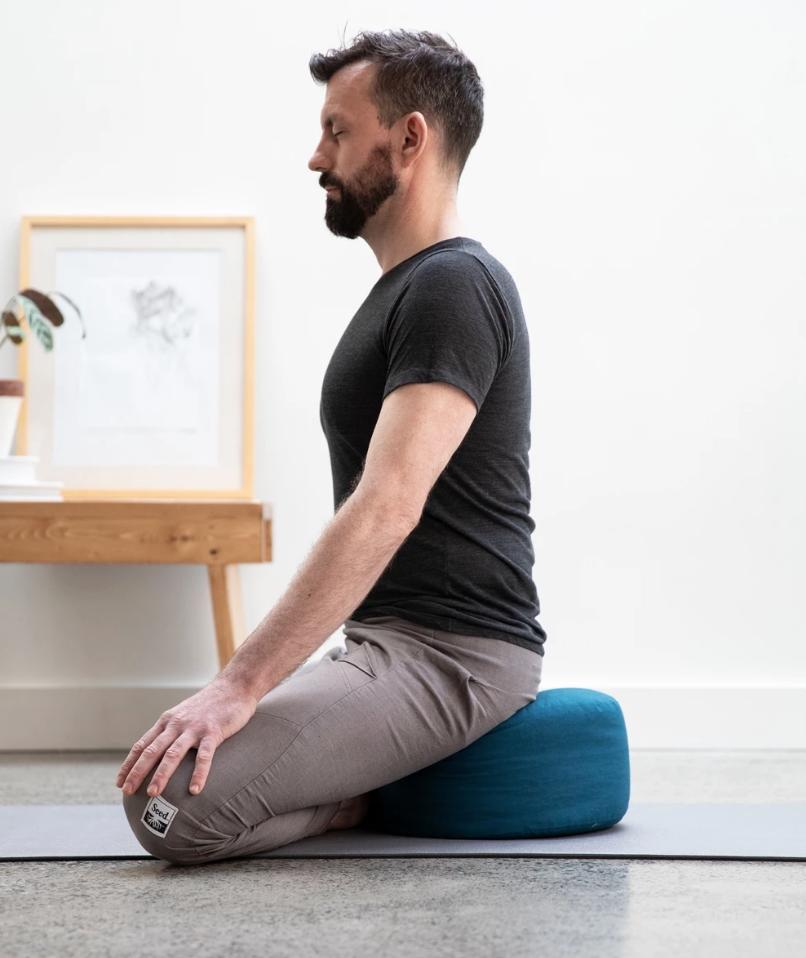 HalfMoon Mod Meditation Cushion