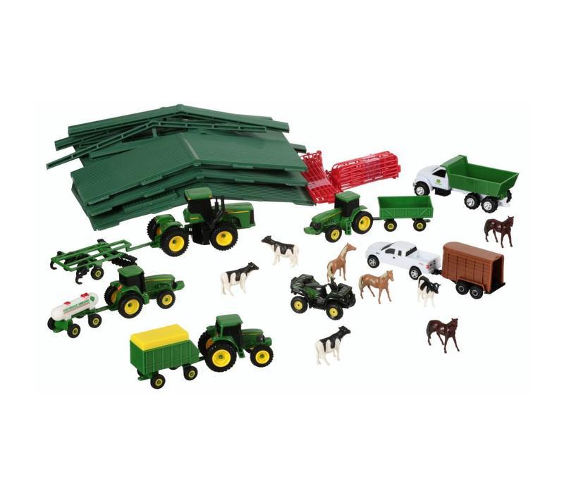 Tomy John Deere Farm Toy Playset 70 pc Box