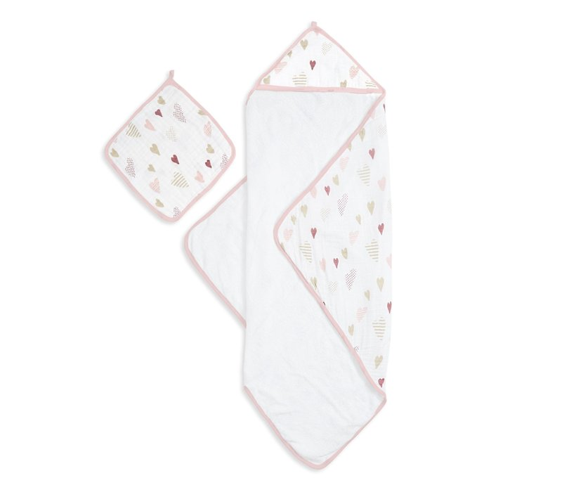 aden + anais Heart Breaker Muslin Backed Hooded Towel Set