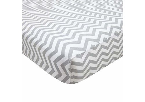 American Baby American Baby Knit Porta Crib Sheet In Grey-Zigzag