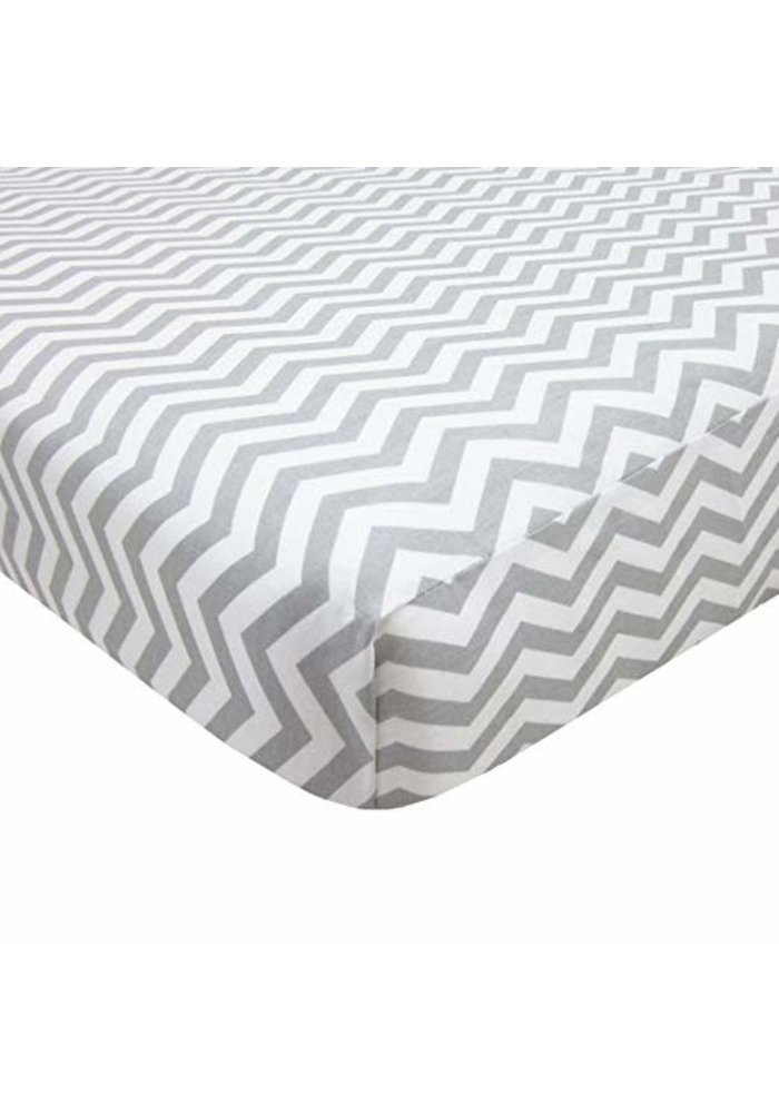 American Baby Knit Porta Crib Sheet In Grey-Zigzag