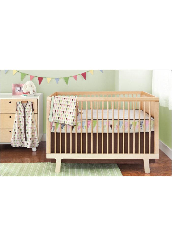 CLOSEOUT!!! Skip Hop Pretty Pennant 4 Piece Bumper Free Bedding Set