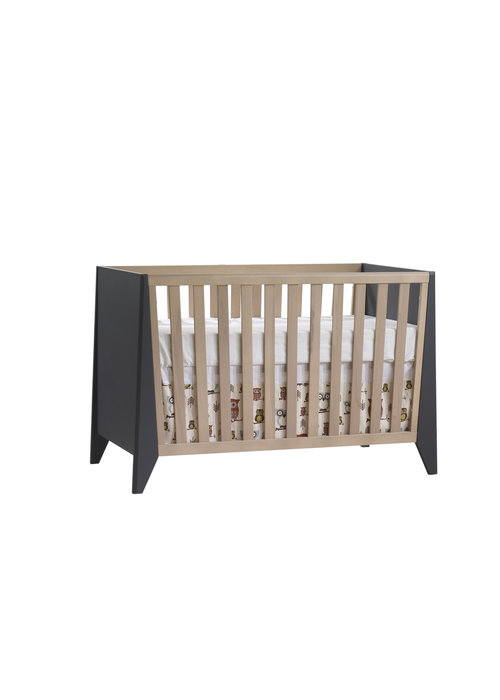 Nest Juvenile Nest Juvenile Flexx Classic Crib In Graphite/Natural