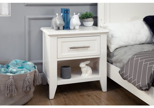Franklin And Ben Franklin And Ben Beckett Nightstand In White