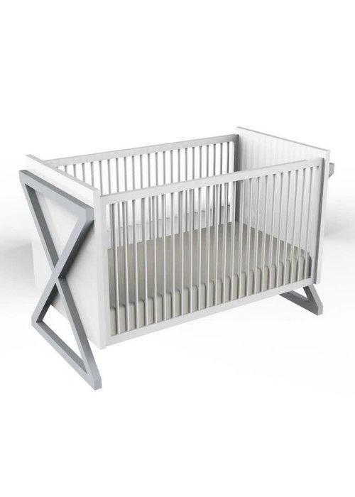 Duc Duc Duc Duc Campaign Crib In Light Gray