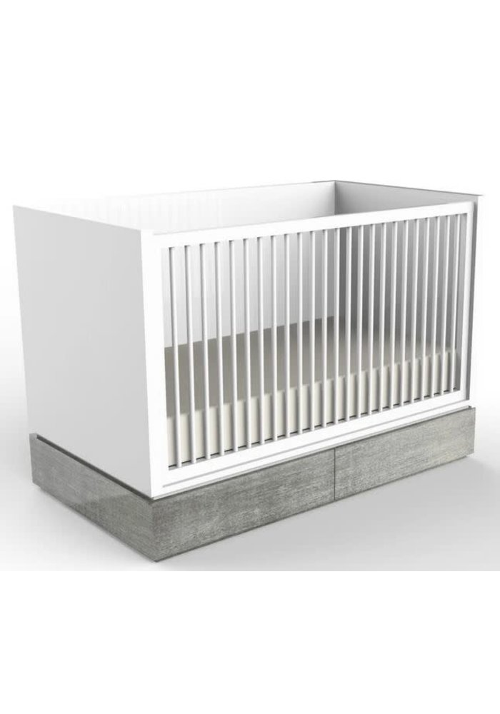 Duc Duc Dylan Crib In White/Weathered