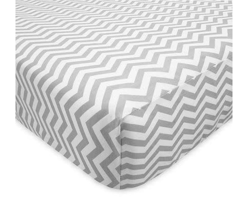 American Baby Percale Crib Sheet Grey Zigzag