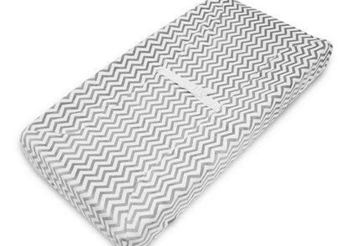 American Baby American Baby Changing Pad Cover n Zig Zag