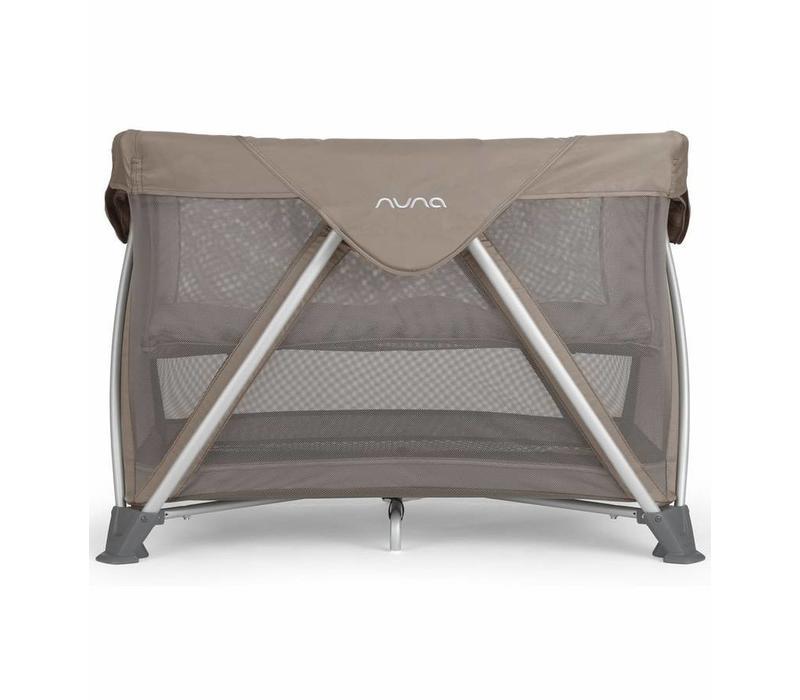 Nuna Sena Aire Pack and Play Playard Travel Crib With Bassinet In Safari