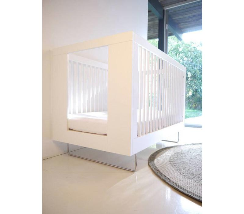Spot On Square Alto Crib With Clear Acrylic