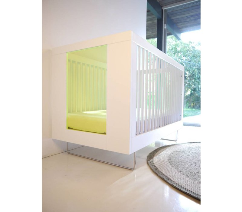 Spot On Square Alto Crib With Kiwi Acrylic