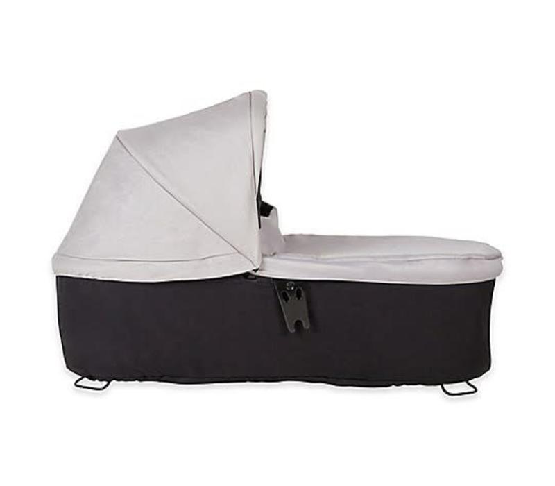 Mountain Buggy Duet Plus Carrycot In Silver