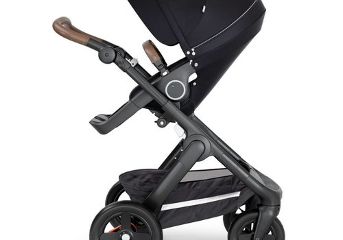Stokke 2019 Stokke Trailz Black Frame- Brown Handle Stroller With Terrain Wheels  And Carrycot In Black