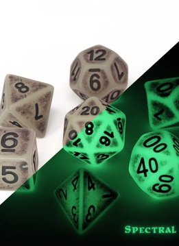 Glow in the Dark Spectral Golem Dice