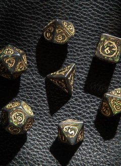 Dragon Dice Set: Bottle-Green/Gold 7pcs.