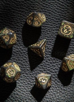 Dragon Dice Set: Bottle-Green/Gold 7pcs.