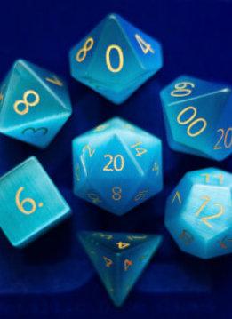 7 dés en pierre semi-précieuse- Aquamarine Gravé