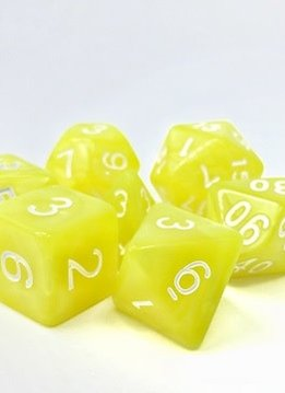 TMG Golden Charm 16mm 7pcs RPG Dice Set