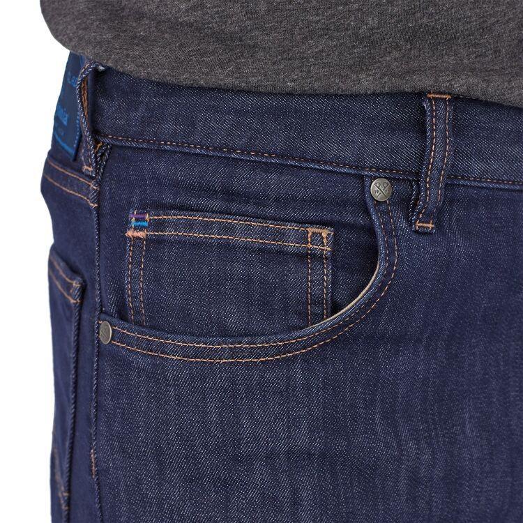 Men's Performance Straight Fit Jeans - Reg