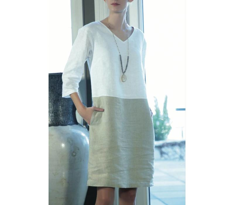 Ava Dress V-neck 3/4 Sleeve