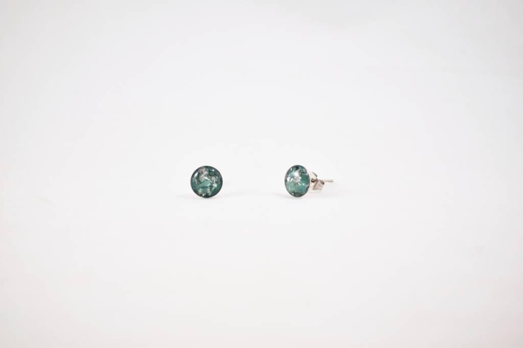 Cameoko Resin Stud Earrings | cameoko