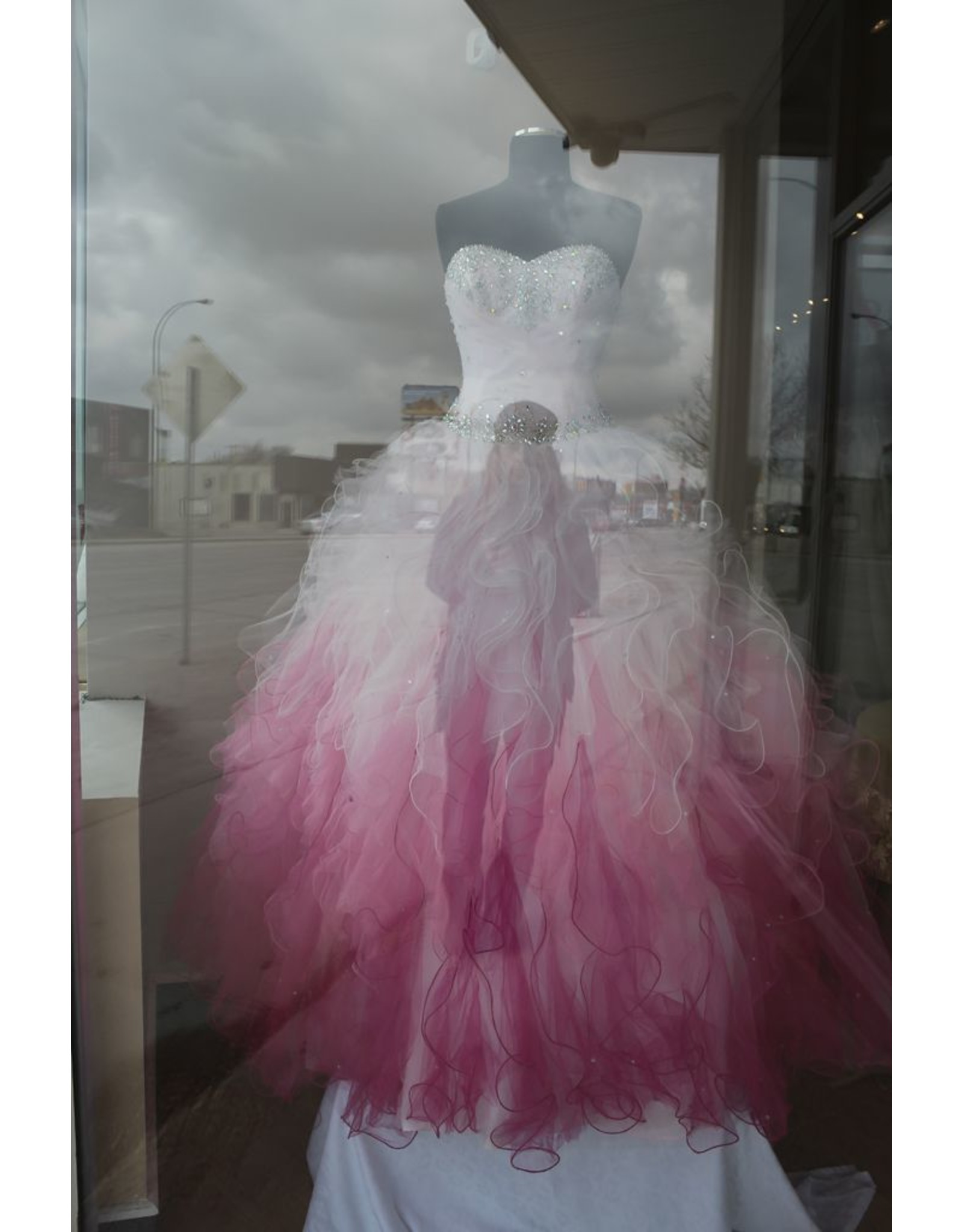 LeBlanc, Marie Red Dress