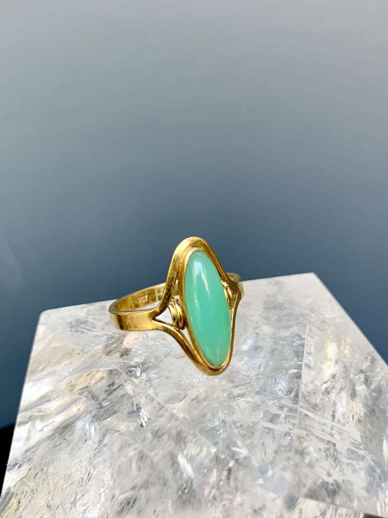 Jan Hooft - Chrysoprase Ring with 18ct Yellow Gold - Handmade in Australia