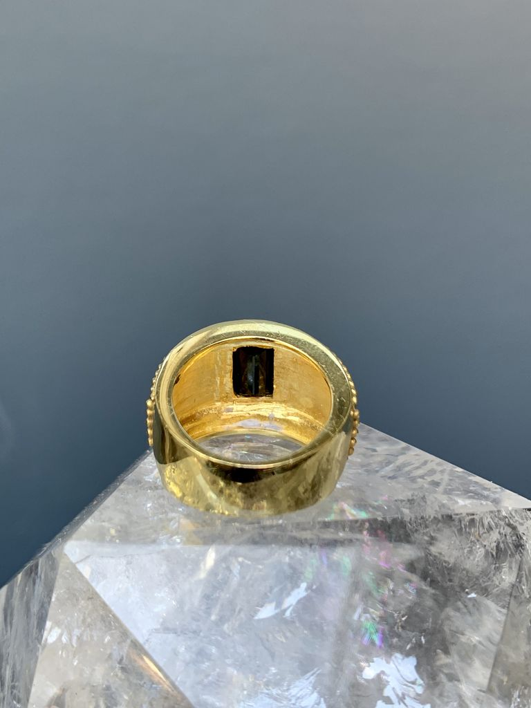 Eileen Kirkwood Unique Vintage 18ct Yellow Gold and Tourmaline Ring - Heavy Set with Rivet Detail c1960