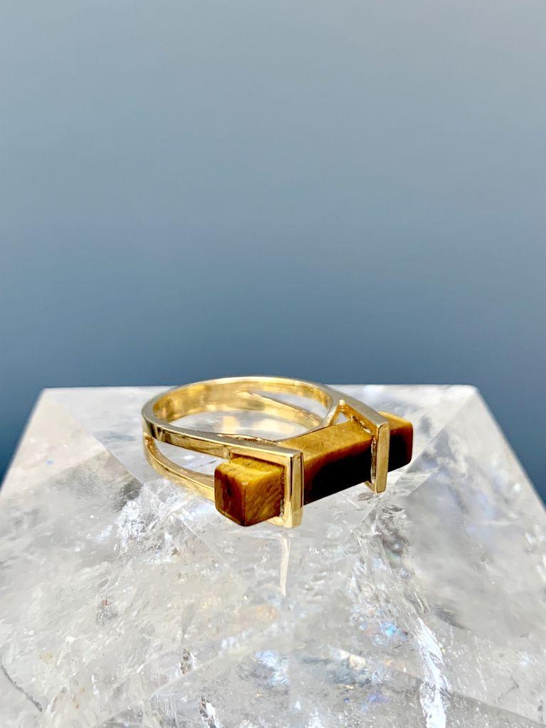 l&z estate jewellers Vintage Retro Tigers Eye Dress Ring - Rectangular Prism - 14ct Yellow Gold c1970