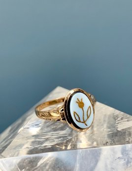 BECKER MINTY Antique 14ct Yellow Gold Oval Black and White Agate Dress Ring - Forget-Me-Not - Victorian c1890
