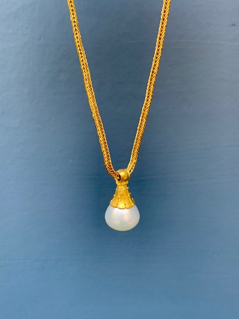 Jan Hooft - 22ct Yellow Gold, Australian Pearl and Ruby Necklace - Chain and Pearl Setting - Handmade in Australia