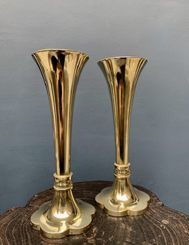 Vintage Pair of Solid Brass Trumpet Vases - Scalloped Base H23cm - Marked T.Guant (Thomas Gaunt Melbourne?)