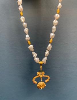 Lisa Black Jewellery - Sulawesi Pendant Necklace - AAA Grade Akoya Keshi Pearls woth Original Javanese Pendant - 22ct Gold - Handmade in Australia